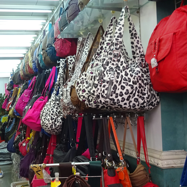 clothes_bags